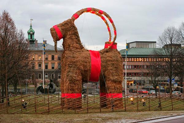 As mais belas e curiosas tradições de Natal no mundo – cabra Suécia