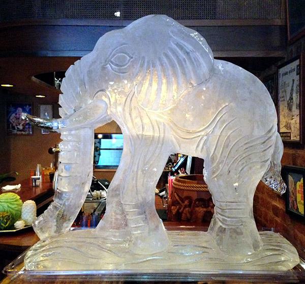 As mais impressionantes esculturas de gelo do mundo – Elefante