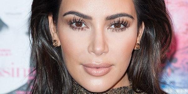 Descubra todos os truques de beleza das famosas – Kim Kardashian