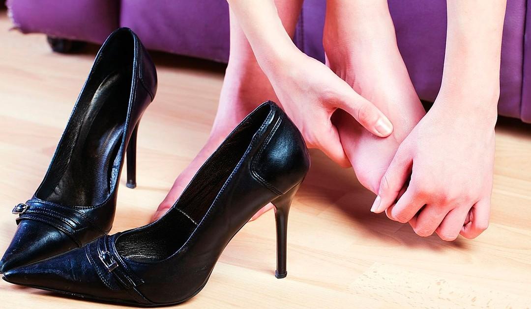 5 truques fantásticos para sapatos apertados