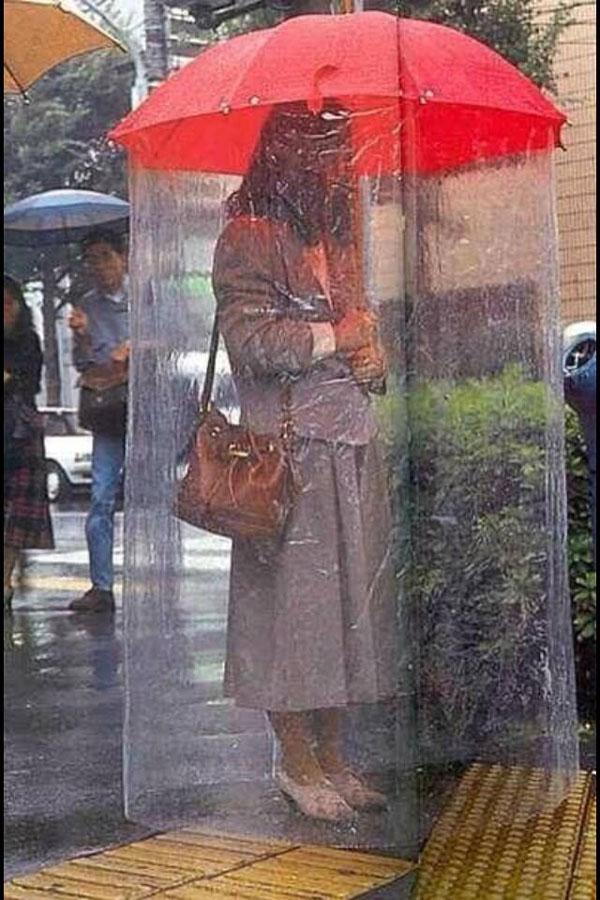 8 guarda-chuvas práticos e divertidos - Em forma de cortina