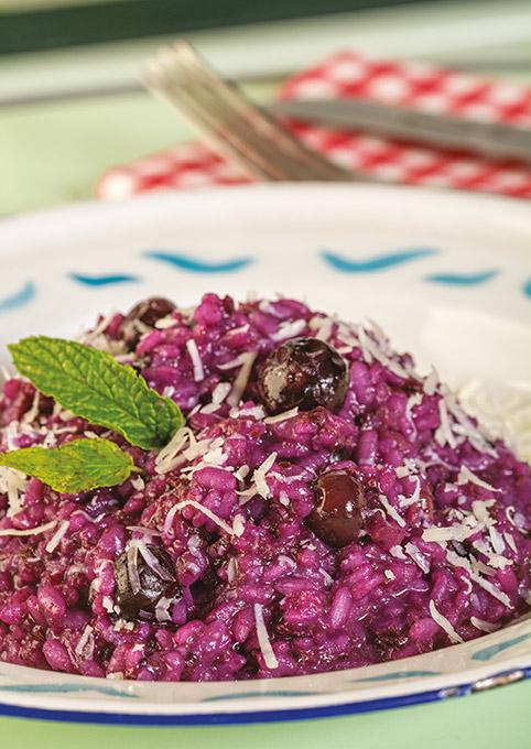 2 risottos simples e requintados por Chiara Ferro - Risotto de mirtilos