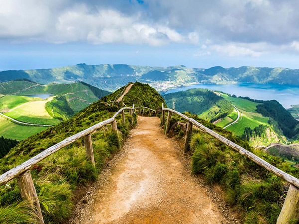 6 destinos baratos para conhecer em 2017 - São Miguel, Açores