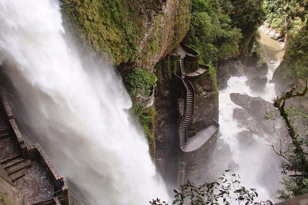 As 8 escadas mais impressionantes do mundo - Equador
