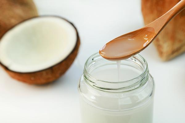 Usos surpreendentes do óleo de coco - Opte por óleo de coco extra virgem