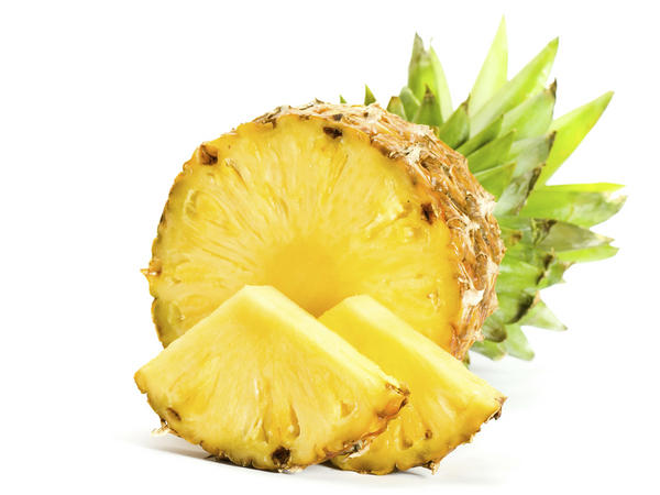 10 Alimentos que ajudam a secar a barriga - Abacaxi