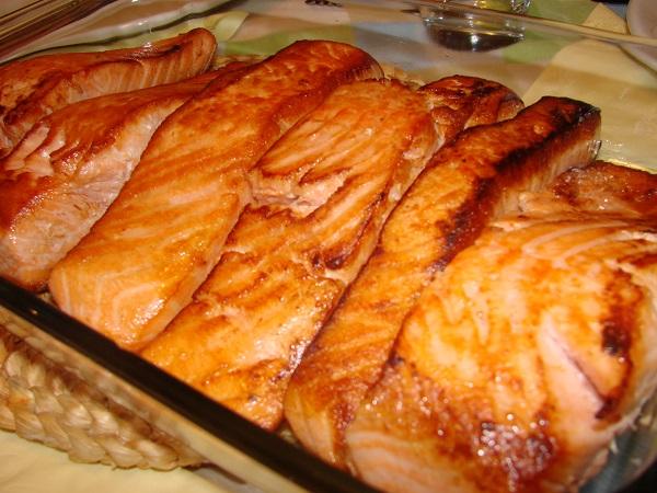 10 dicas para prevenir e controlar a celulite - Prefira peixe com Ómega 3