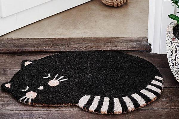 10 tapetes de entrada para sua casa - Com desenho de gato