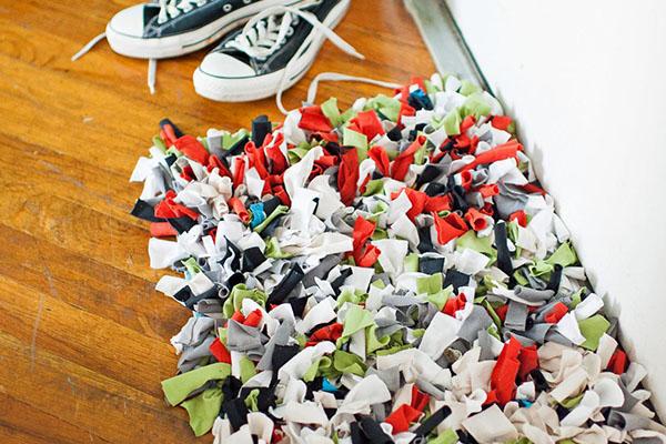10 tapetes de entrada para sua casa - Com tiras de tecido