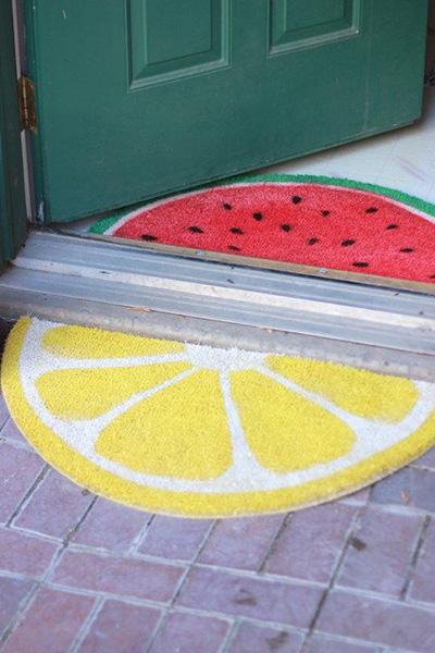 10 tapetes de entrada para sua casa - Tapete circular cortado ao meio