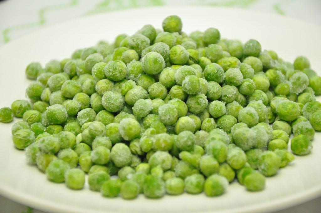5 benefícios das ervilhas que são ideais para emagrecer - ervilhas congeladas