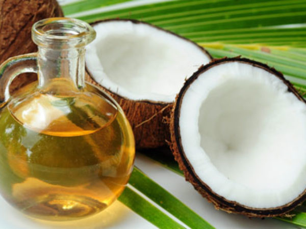 10 alimentos para ter unhas fortes e bonitas - óleo de coco