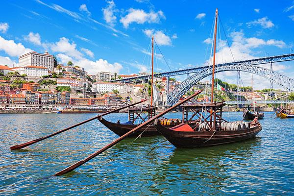 7 destinos românticos em Portugal para conhecer a dois - Porto