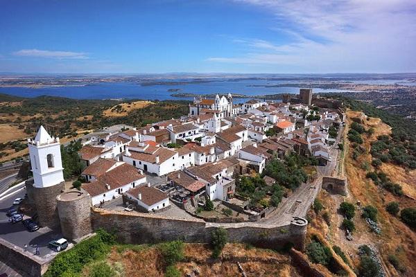7 destinos românticos em Portugal para conhecer a dois - Reguengos de Monsaraz