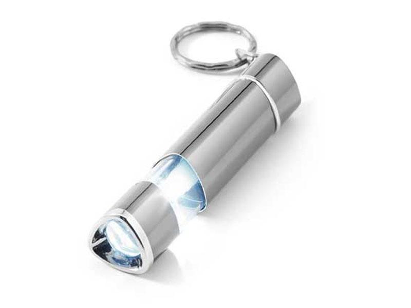 Tudo o que tem de estar na mala de uma mulher - Porta-chaves com luz