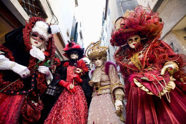 Carnaval de Veneza - Beleza e história - Máscaras