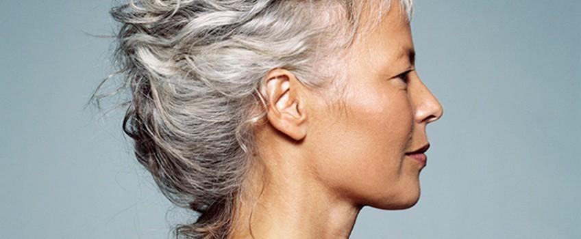 Como atenuar o cabelo grisalho: causas e receitas caseiras