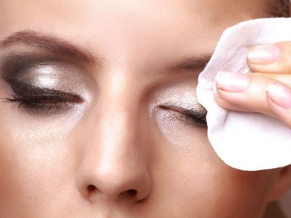 Cuidados a ter com a pele antes e depois da maquilhagem - Limpar
