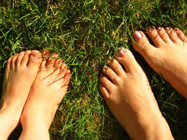 10 dicas para ter uns pés saudáveis e bonitos - Ande descalço