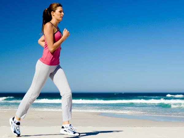 10 maneiras de prevenir as varizes - Faça exercício físico
