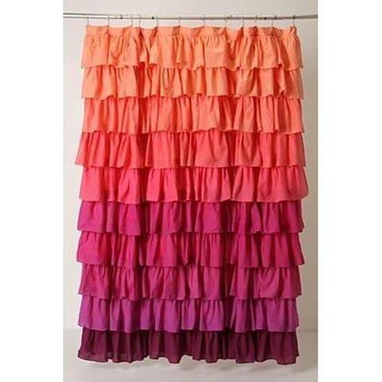 10 cortinas primaveris para alegrar a sua casa de banho - Cortina aos folhos