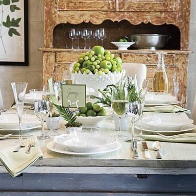 7 centros de mesa baratos e primaveris - Decore com fruta verde
