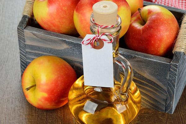 7 razões para comer maçãs todos os dias - Limpa e desintoxica o organismo