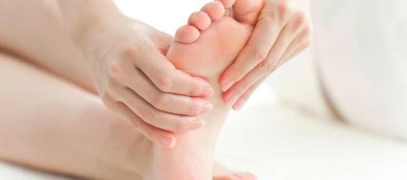10 dicas para ter uns pés saudáveis e bonitos - Faça massagens