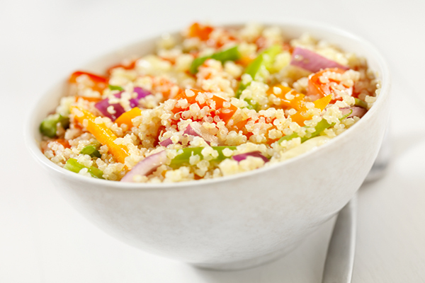 Quinoa, a proteína completa - 7 benefícios e receita - Protege os nossos ossos