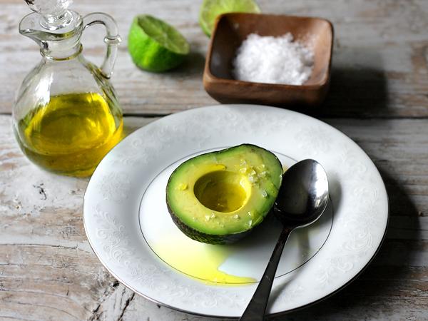 Gorduras boas que devemos incluir na dieta- Abacate
