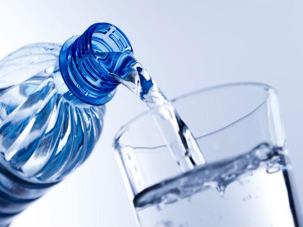10 Dicas que retardam o aparecimento de rugas- Água