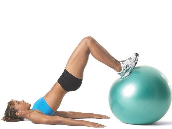 Exercícios para ter uns glúteos perfeitos- Elevação da bacia