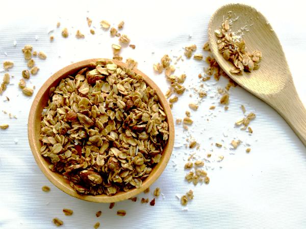 7 benefícios da granola + receita pequeno-almoço completo - Combate a hipertensão