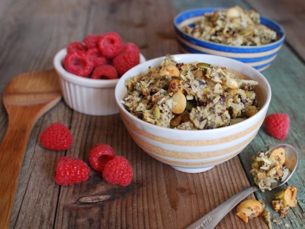 7 benefícios da granola + receita pequeno-almoço completo - Retarda o envelhecimento