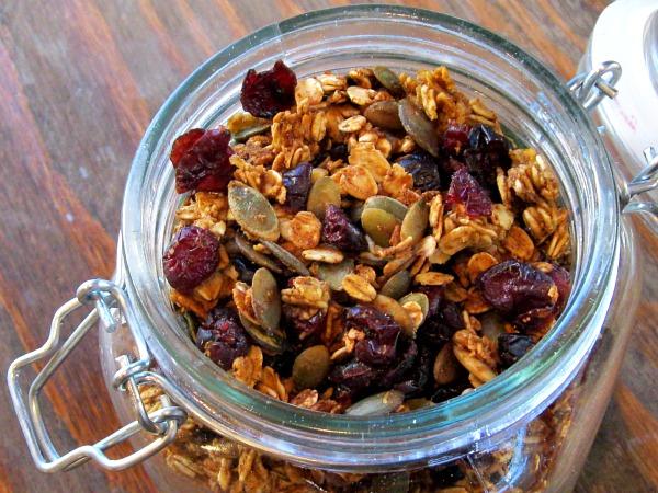7 benefícios da granola + receita pequeno-almoço completo - Fortalece o nosso coração