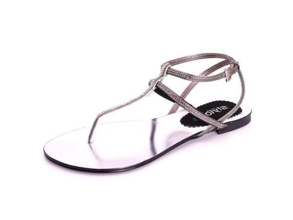 10 sapatos a que nenhuma mulher resiste- Sandálias rasas