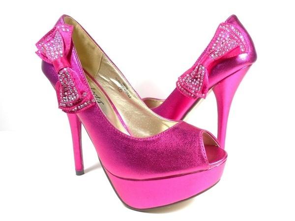 10 sapatos a que nenhuma mulher resiste- Sapatos cor-de-rosa