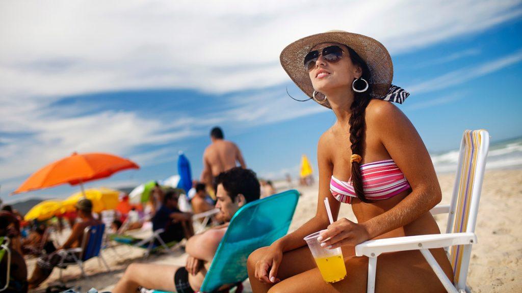 10 acessórios de praia que vai querer ter