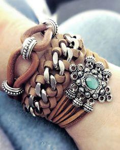 As 10 jóias que vai querer ter esta Primavera/ Verão - Pulseiras camel