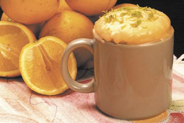 Dicas saudáveis: 7 Benefícios da laranja- Bolo de laranja na caneca