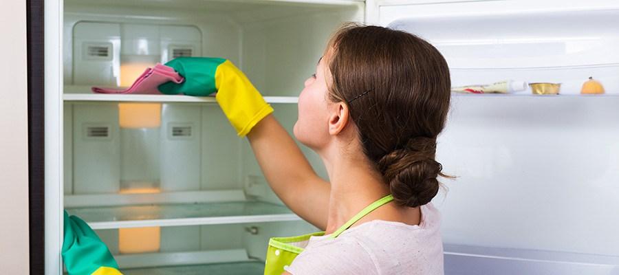Soluções caseiras para ter a cozinha a brilhar
