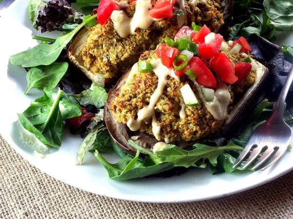 2 Receitas refrescantes para os dias quentes- Beringela gratinada com quinoa e legumes