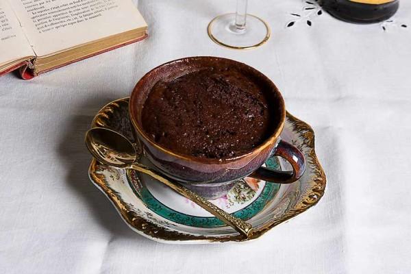 Receita de bolo de mousse de chocolate na caneca sem farinha e sem açúcar- Bolo de mousse de chocolate