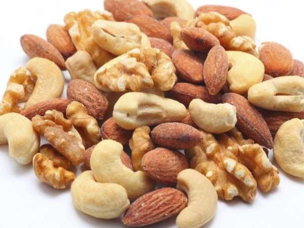 8 Benefícios da Biotina ou vitamina B7- Regula os níveis de açúcar no sangue