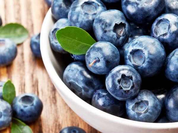 Os 7 melhores frutos para consumir no verão - Mirtilos