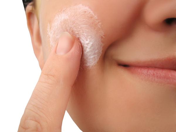 Dicas saudáveis: Conheça os benefícios do dente de leão para à saúde- Auxilia no tratamento da acne