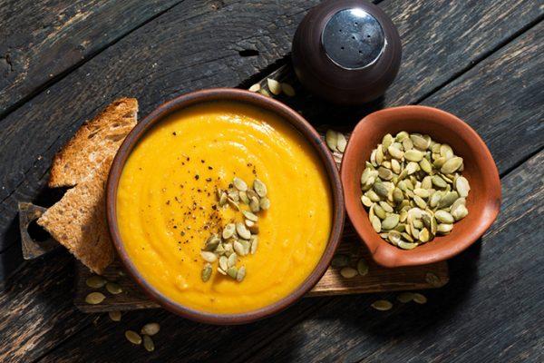 Receita de sopa de abóbora com batata-doce e alho francês- Receita de sopa de abóbora com batata-doce e alho francês