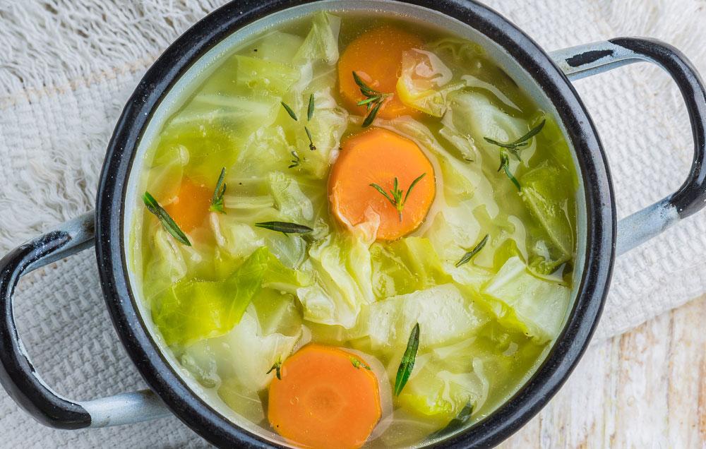 Sopa de couve-galega - Um prato muito saudável - Bom apetite!