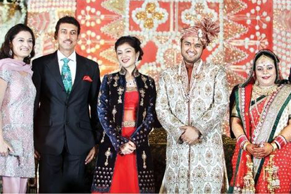 Casamentos mais deslumbrantes do mundo- Seemanto Roy e Chandni Toor + Sushanto Roy e Richa Ahuja