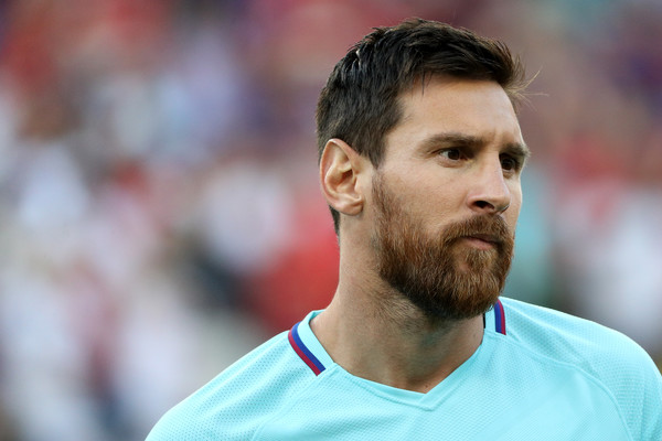 Os 10 jogadores de futebol mais bonitos do mundo- Lionel Messi